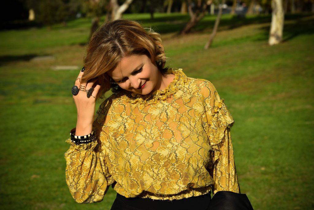 Autumn Fashion Sunshine and Leave