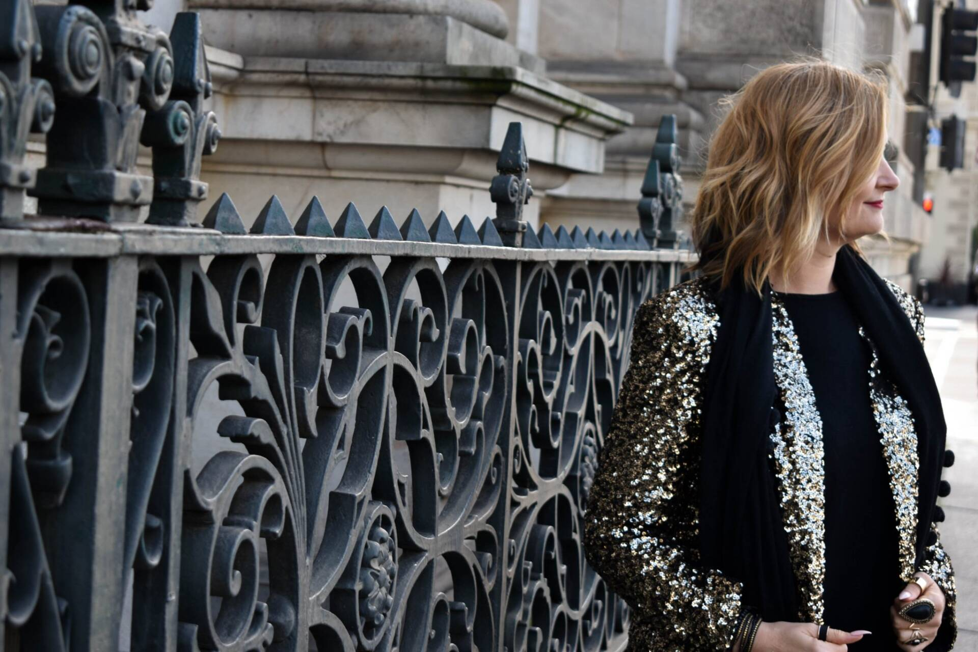 Sequin Jacket Streetstyle